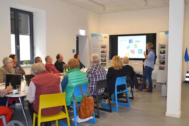 Details | efi-bayern/Teilnehmerkreis_Workshop_Digitalisierung_im_Ehrenamt.jpg